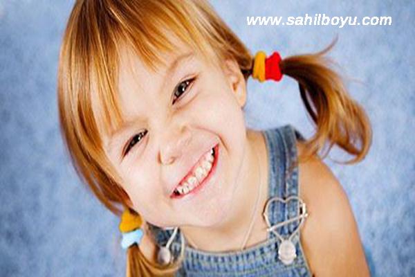 çocuklarda ahlak gelişimi, çocuklara ahlaklı olmayı öğretme, çocuğa ahlak aşılama