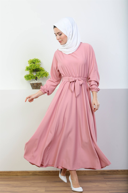 tesettür elbise, tesettür elbise ile aksesuar kullanımı, elbise ile aksesuar kullanmak
